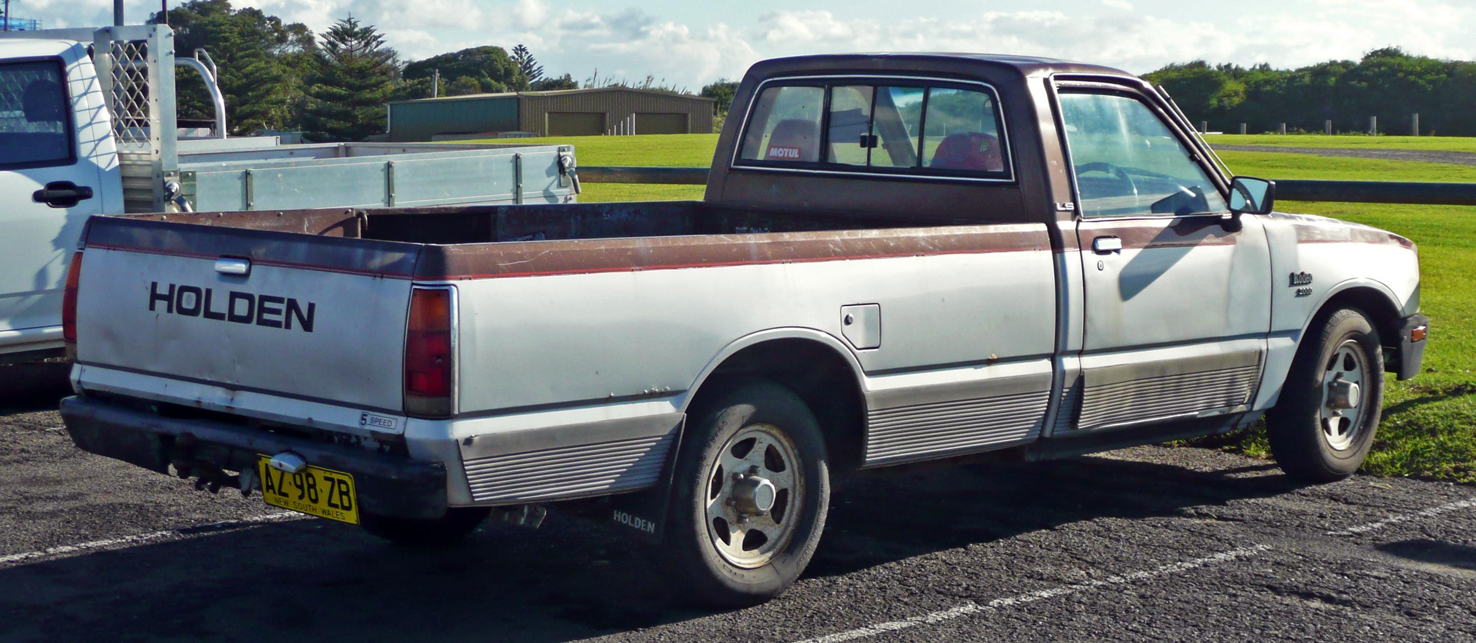 1982–1985 Holden Rodeo (KB28) LS 2-door pickup