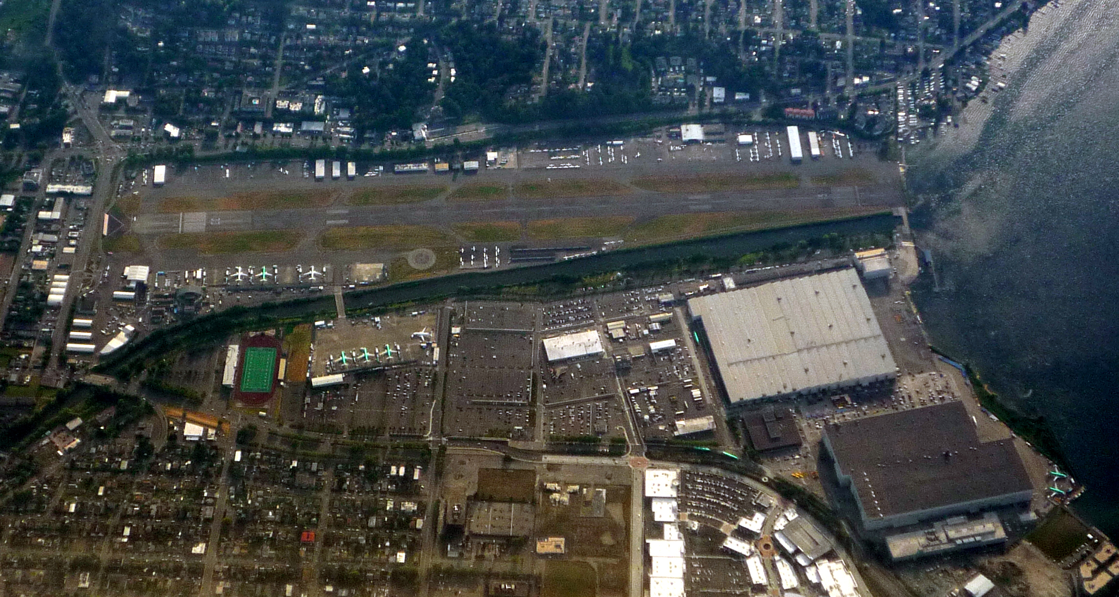 Showing airport and adjacent boeing renton factory large structures