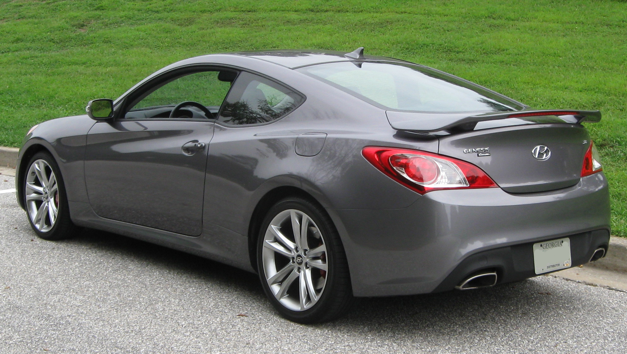 hyundai genesis coupe. Black Bedroom Furniture Sets. Home Design Ideas
