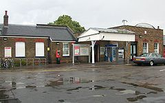 Mortlake Station 01.JPG