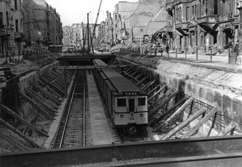Nürnberger Platz (Berlin U-Bahn)