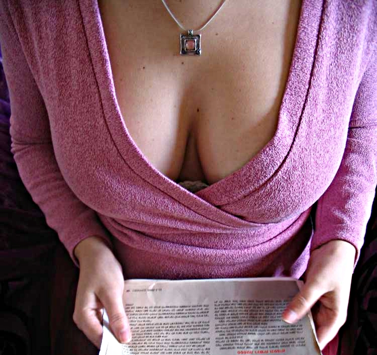 Amateur sexy chell nipples through shirt 9