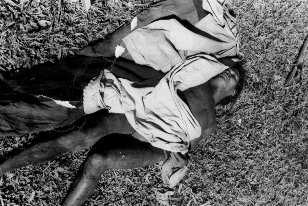 dak son massacre The worst atrocity yet committed in the viet nam war (see pictures opposite)  began its course last week when a handful of viet cong crawled up to the.