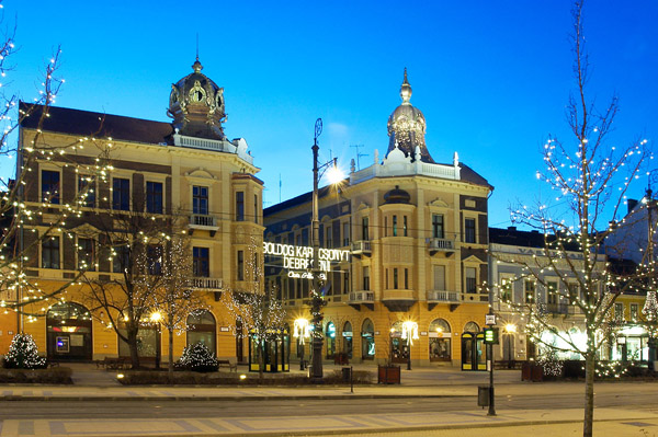 Debrecen Hungary  city photos gallery : Debrecen hungary downtown