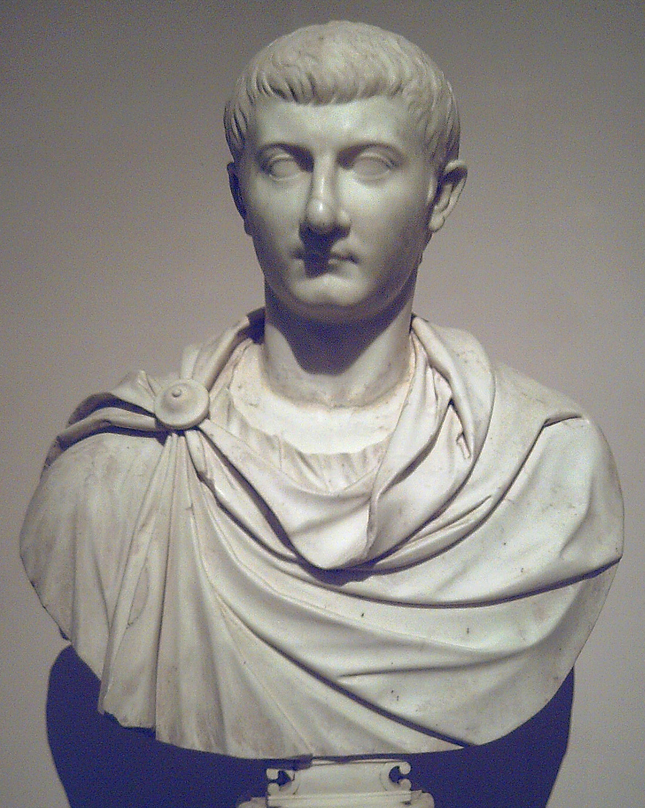 a biography of claudius a roman emperor Explore magistra michaud's board claudius on pinterest | see more ideas  about roman emperor, roman history and history.