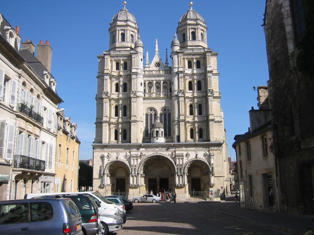 Dijon for Le miroir dijon