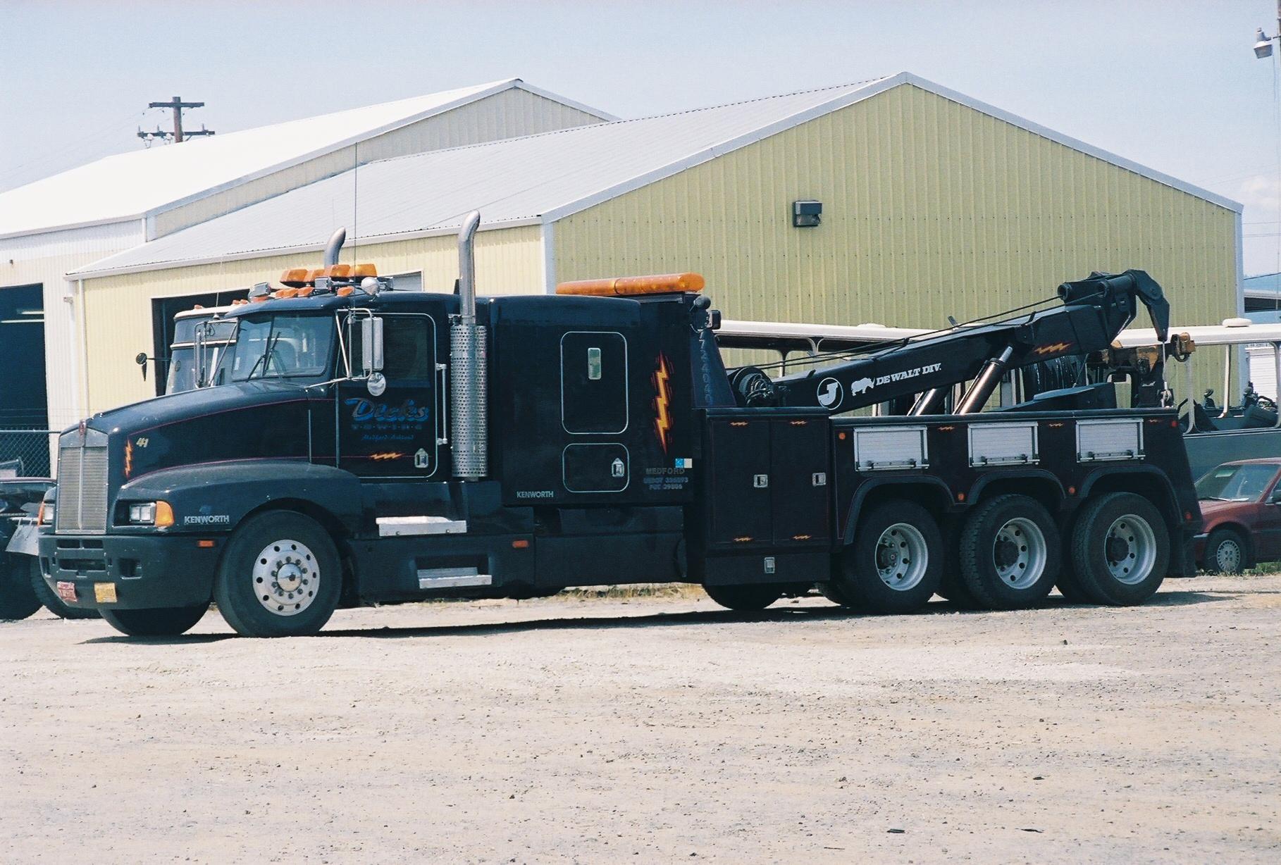 heavy-duty boom truck