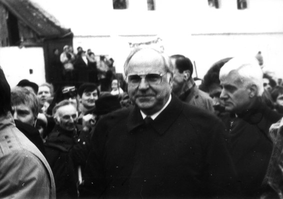 helmut kohl s ten point plan for german unity Helmut kohl s ten point plan for german unity transformation of germany socially economically and geographically depended on turning points from 1789 when.