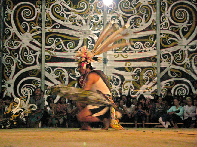 Culture of indonesia for Mural indonesia