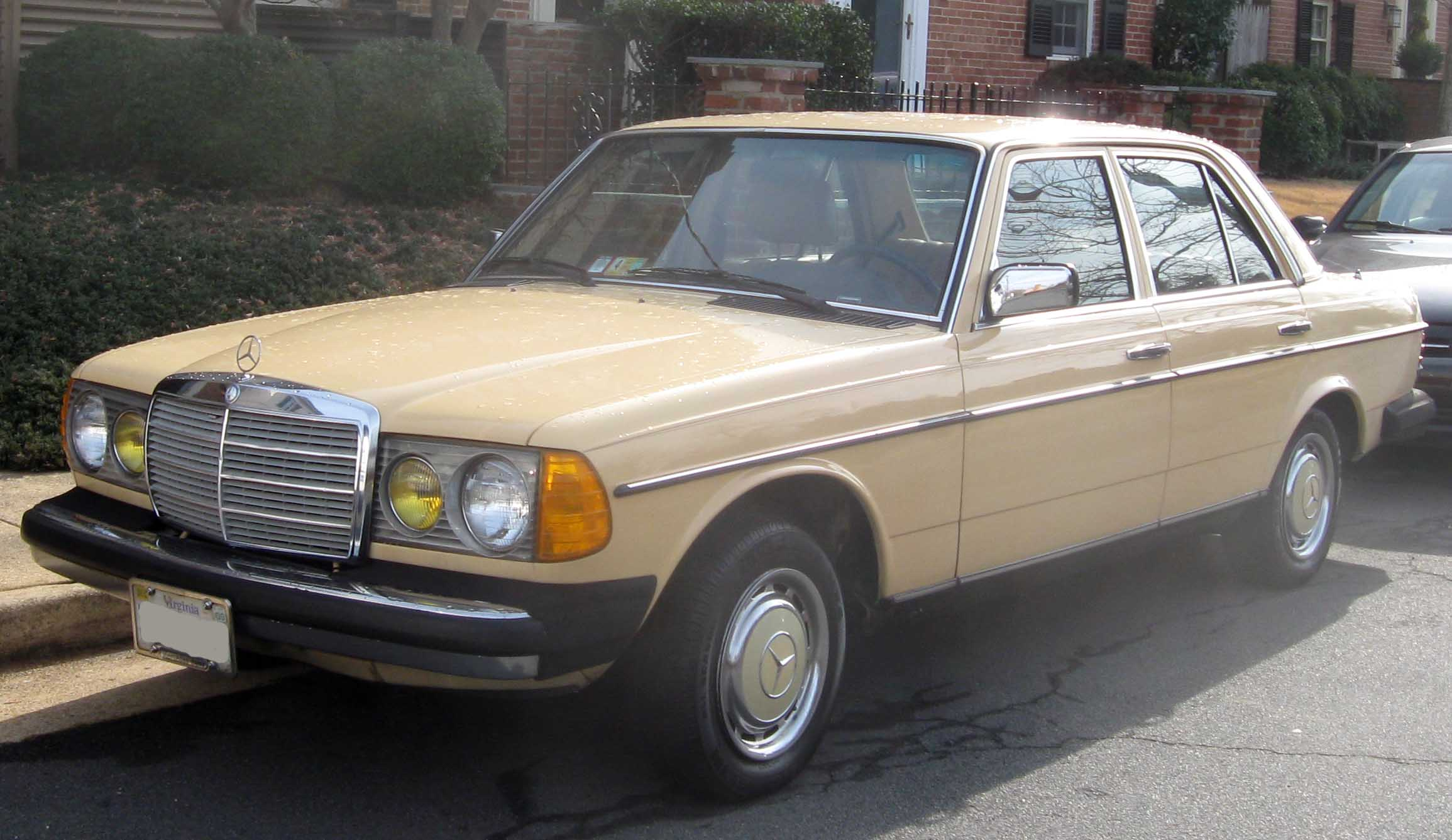 Volvo 240 sunroof 2018 volvo reviews for Mercedes benz s60