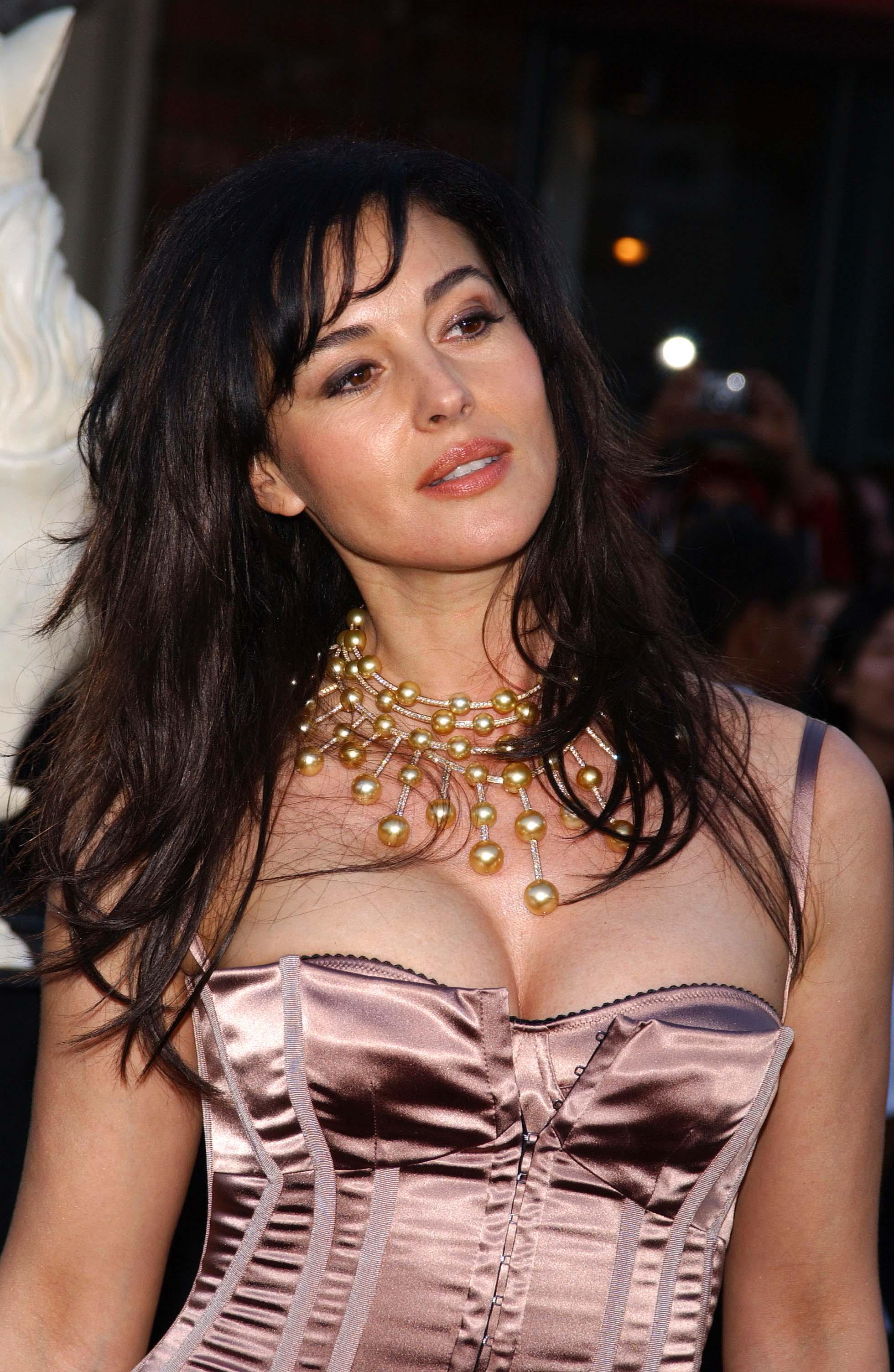 monica bellucci nude pics