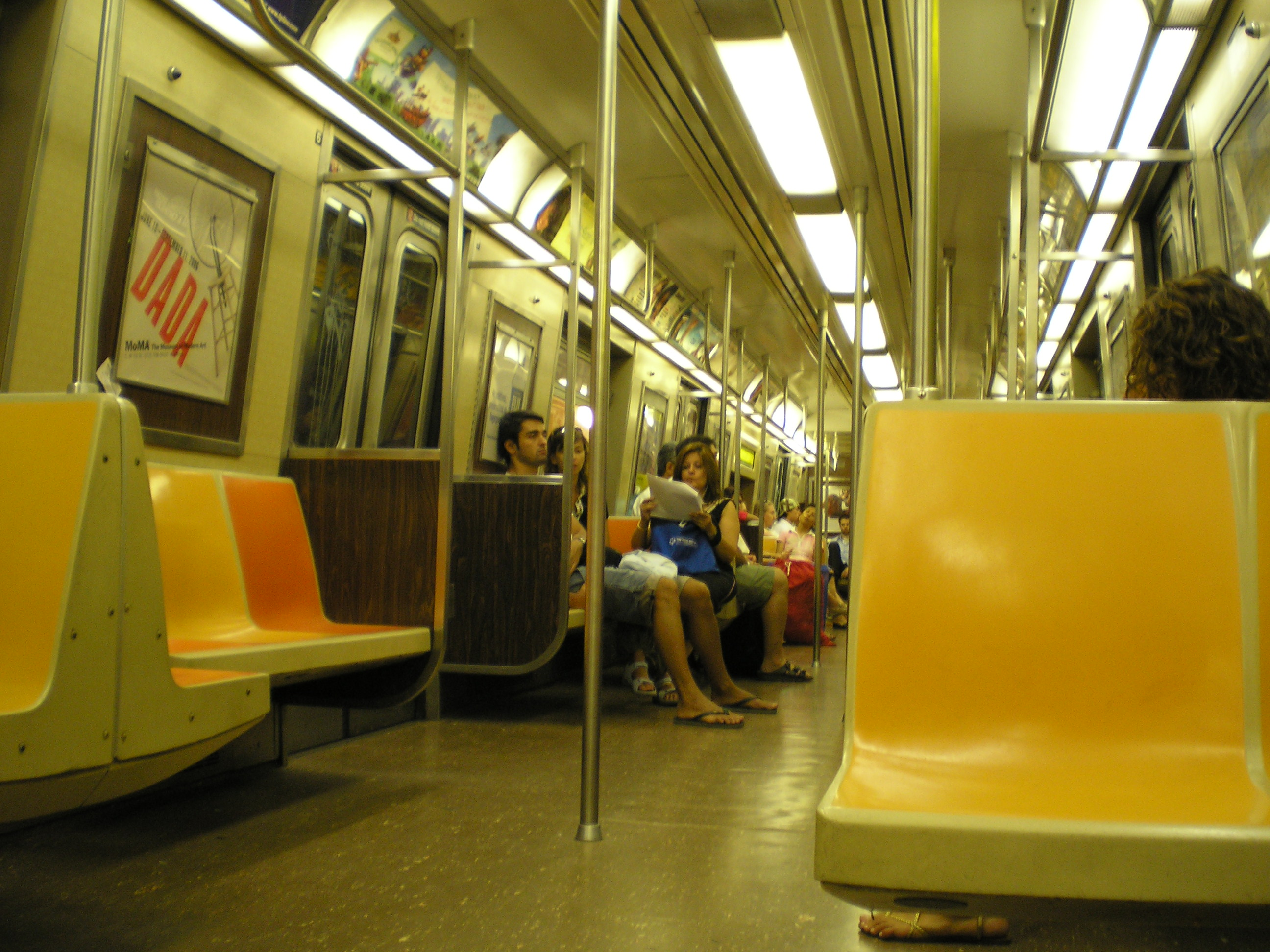 r46 new york city subway car. Black Bedroom Furniture Sets. Home Design Ideas
