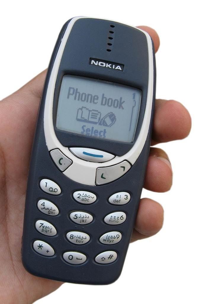 Nokia 3310 in hand - Polling 4 Mobile Mania Competition December 2014