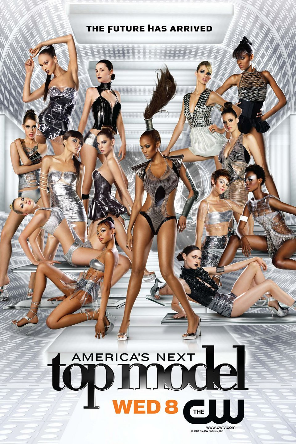photograph of the cast of Cycle 9 of America's Next Top Model