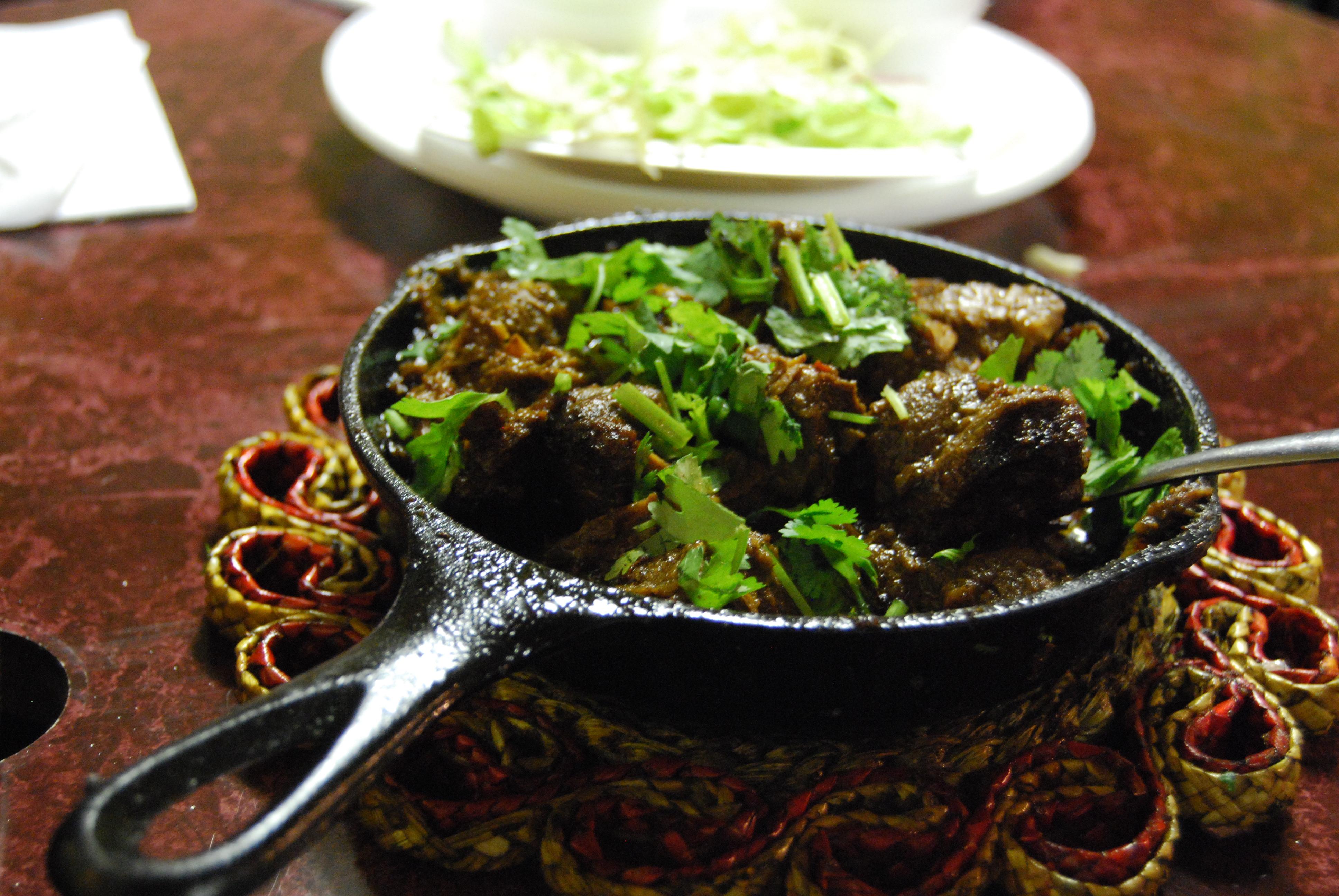Pakistani Food Karahi Beef.jpg