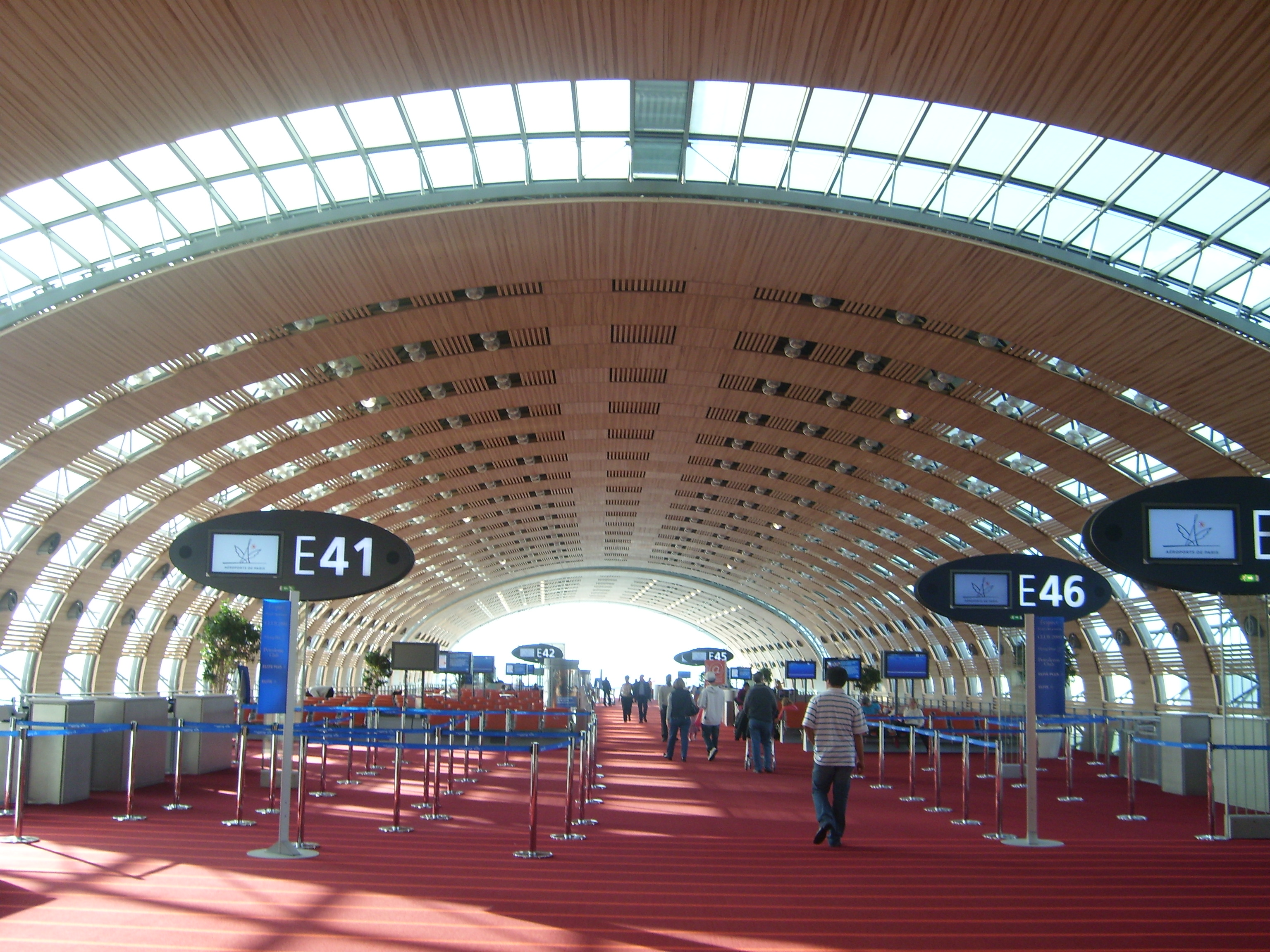 how to go to paris from cdg