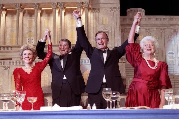 Рональд Рейган и Джордж Буш, 1989 год. Фото: AP, Pete Souza