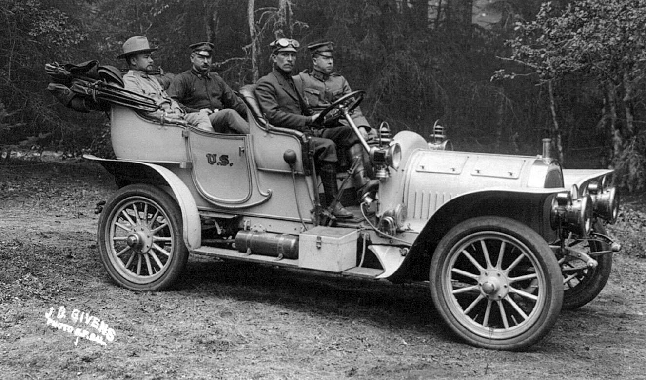 Brass era car for The frederick motor company