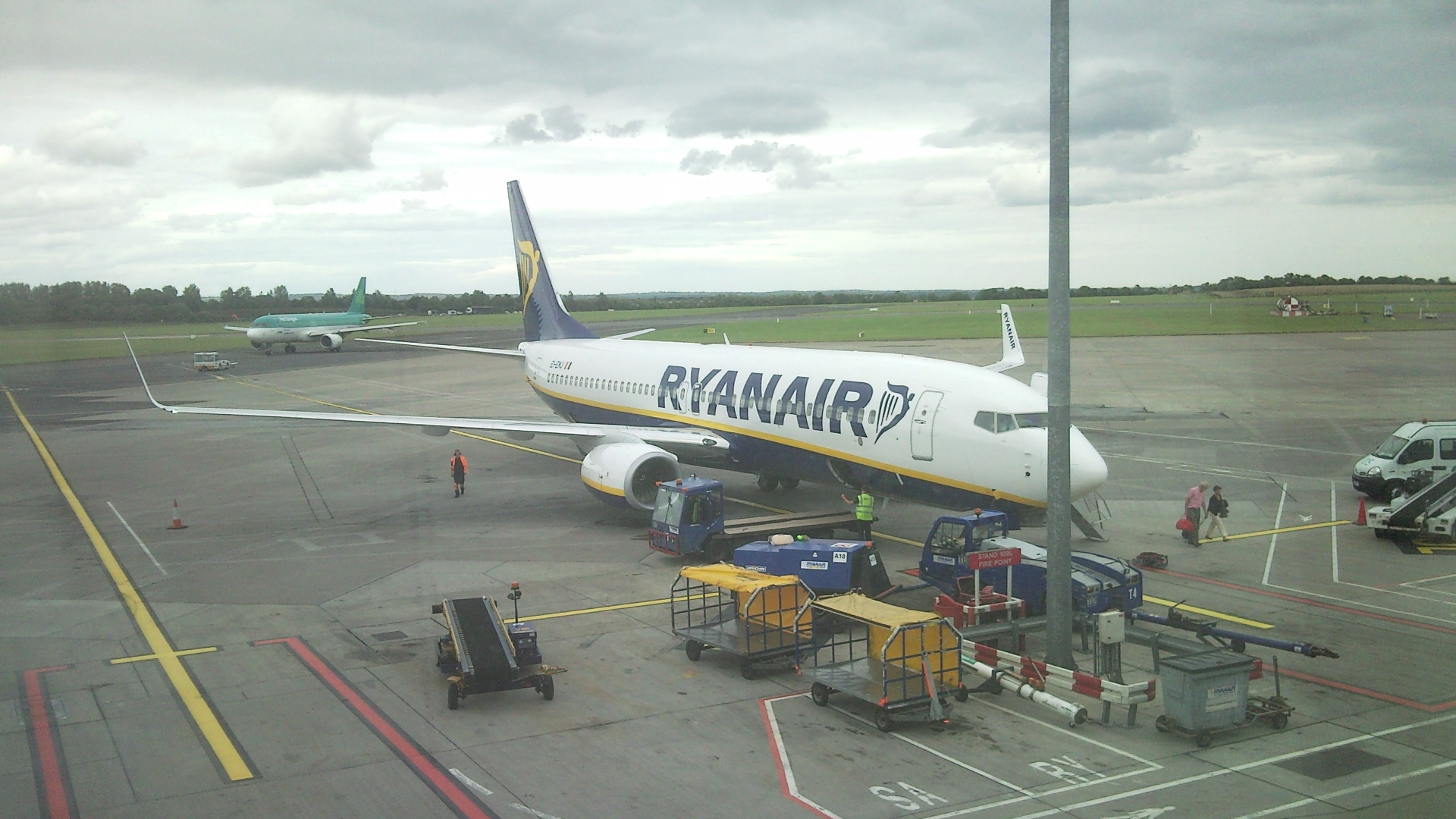 Barcelona Airport Terminals Ryanair Flight Review Ryanair From