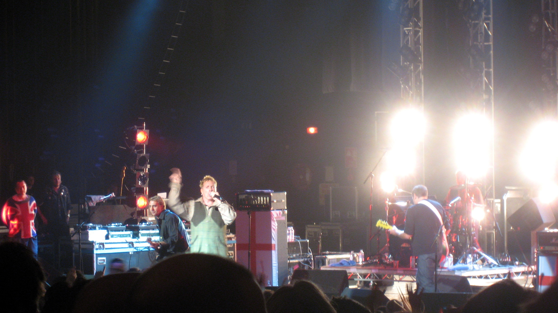Sex Pistols (Секс Пистолз) - британская рок-группа, явившаяся