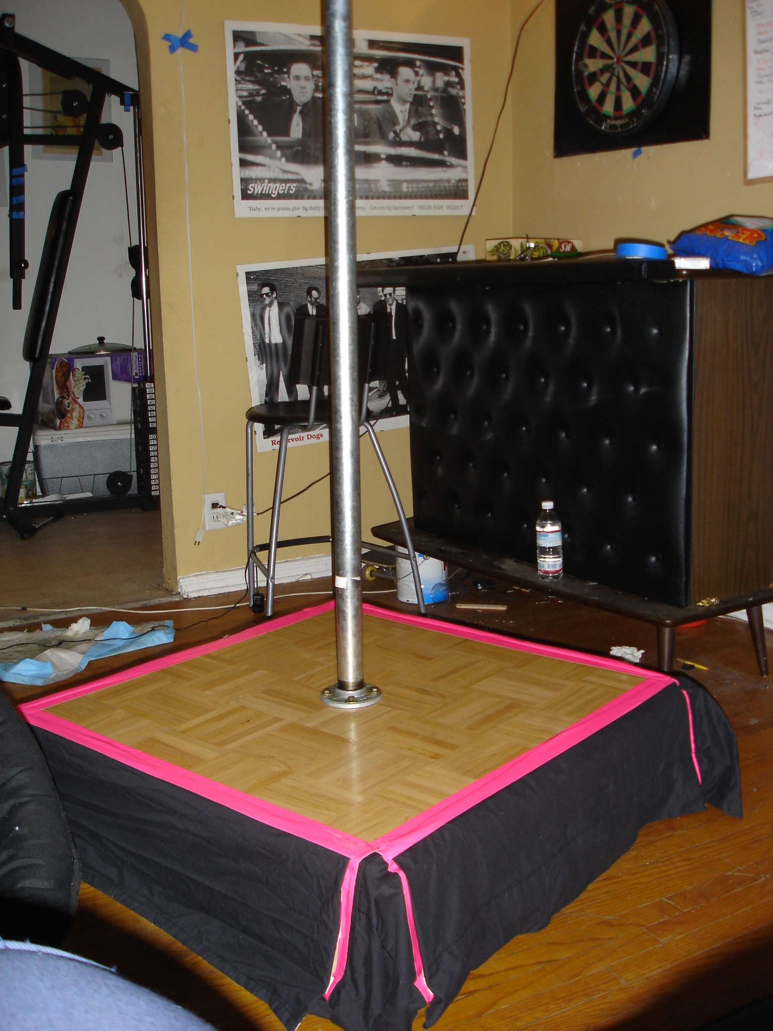 building stripper dance poles
