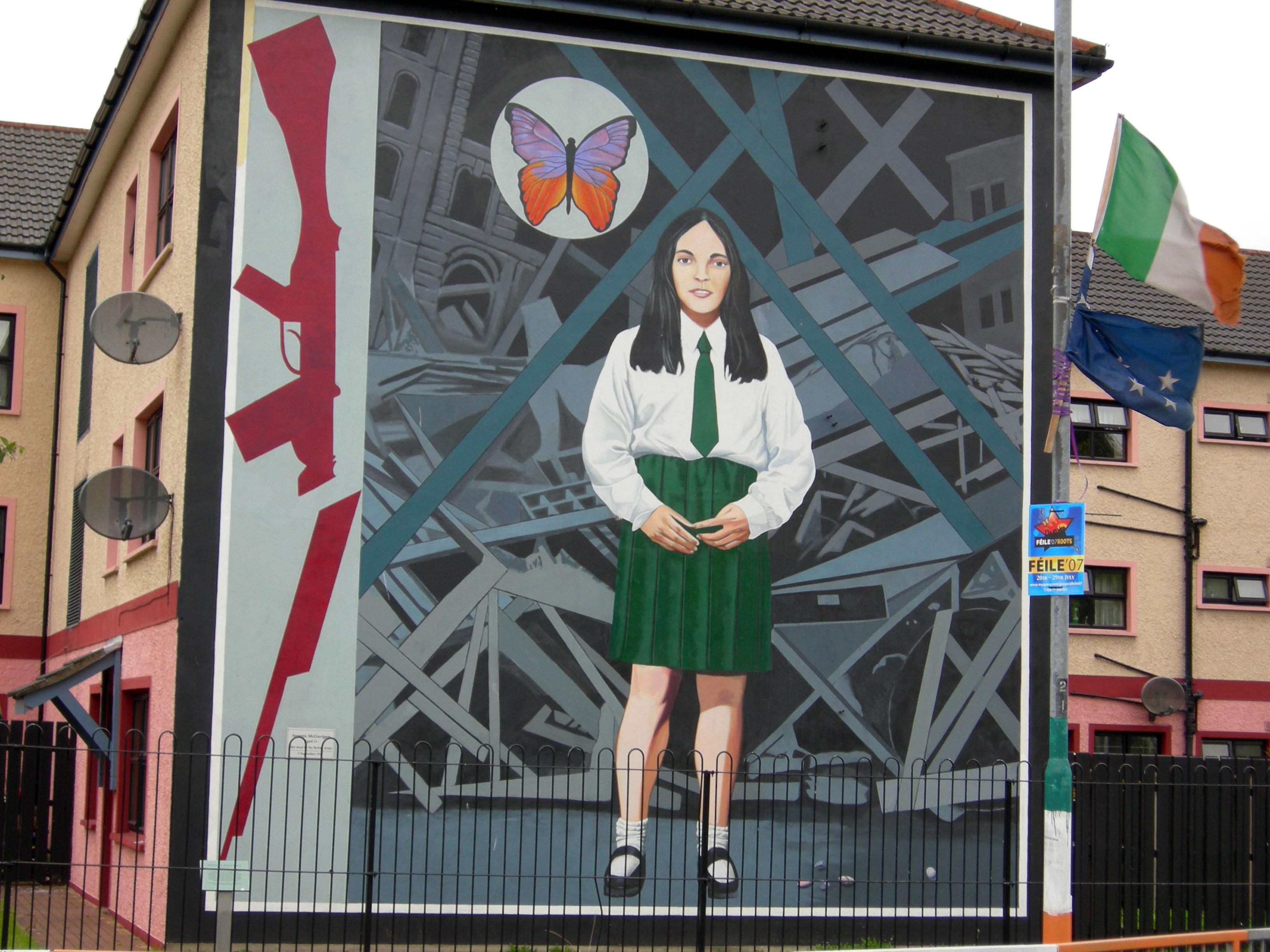 Murals in northern ireland for Mural northern ireland