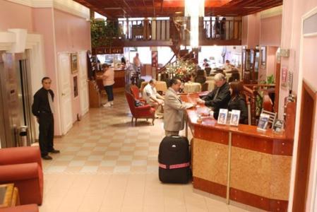 Art Deco Hotel & Suites - room photo 3284312