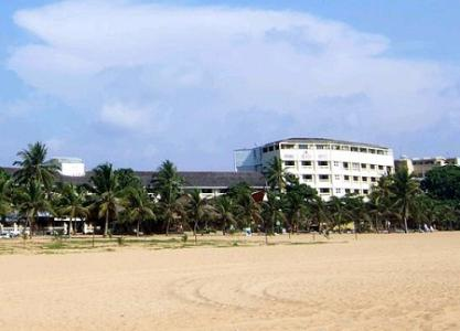 Browns Beach Hotel Negombo