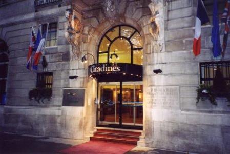 Citadines trafalgar square apart 39 hotel london london for Apart hotel londre
