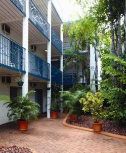 Coconut Grove Holiday Apartments Darwin
