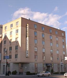 Le Roberval Hotel Montreal