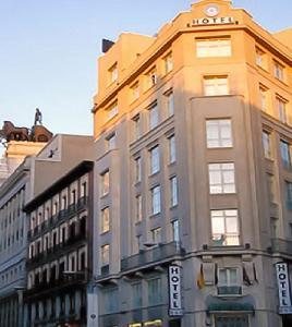 Quo puerta del sol hotel madrid madrid for Hotel paris en madrid puerta del sol