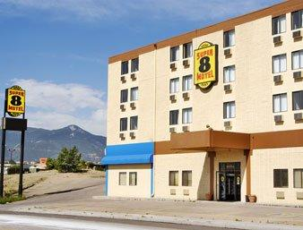 Super 8 motel garden of the gods colorado springs - Hotels near garden of the gods illinois ...