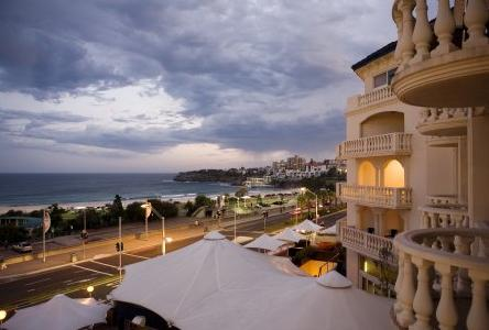 Swiss-Grand Resort and Spa Bondi Beach